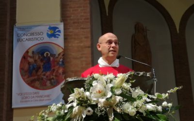 Don Stefano Maria:  prete da 15 anni! Facciamo festa!