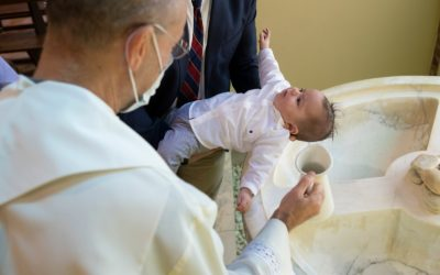 Edoardo il primo battezzato in epoca covid-19