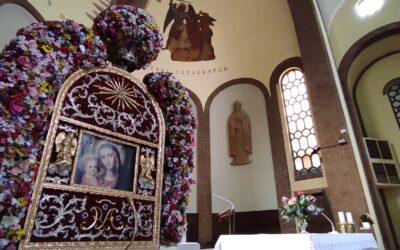I nostri rosari nel mese di maggio (anche con il parroco in famiglia)